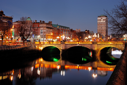 O'Connell Bridge.jpg